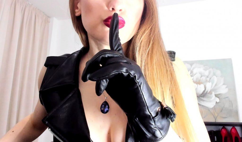 Webcam Mistress Dungeonvideochat
